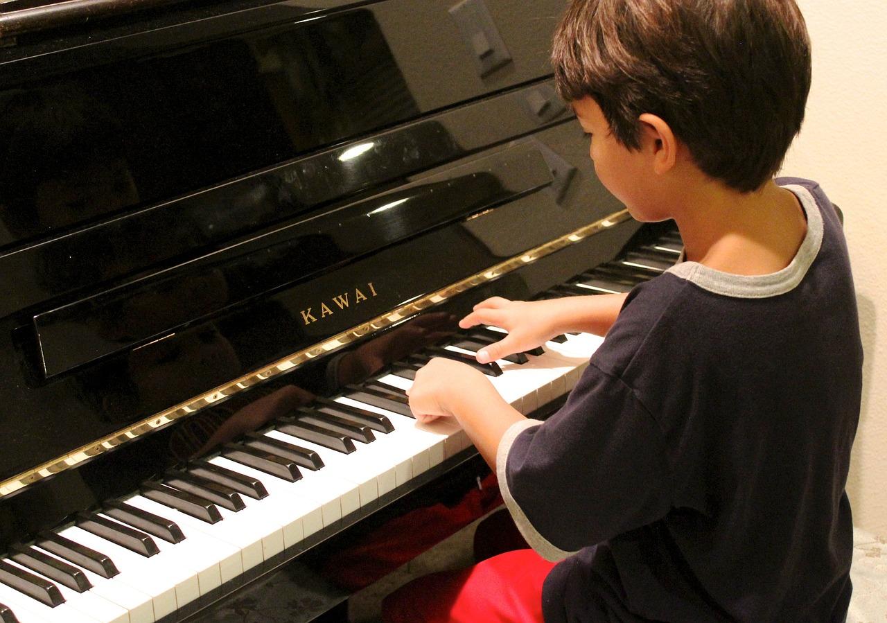 Apprendre le piano avec Synthesia